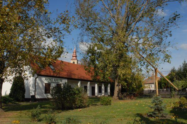 Kerékpáros túra_Csepel sziget déli része_Szigetbecse-André Kertész emlékmúzeum