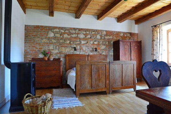 Bagolyvár szoba01ú