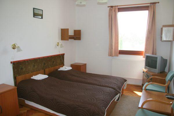 KMNPI-Sterbetz-I-belső